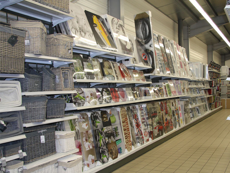 Magasin bricolage pertuis finest coussin bas de porte uni with magasin bricolage pertuis - Magasin bricolage tarbes ...